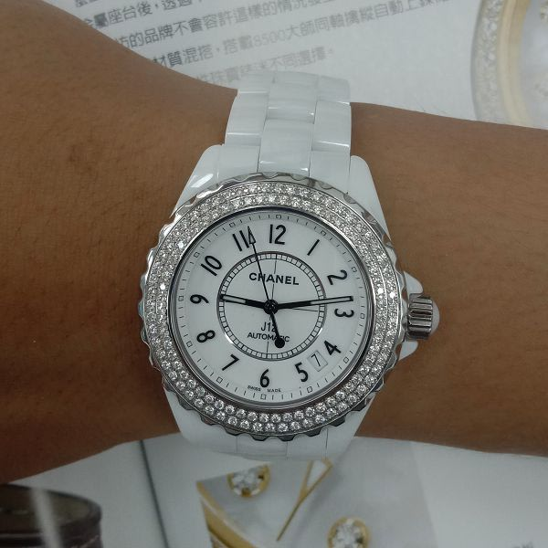 玖泰流當品 原裝 CHANEL J12 38mm 陶瓷 鑽圈 自動 女錶 9成5新 特價出清 ZR513
